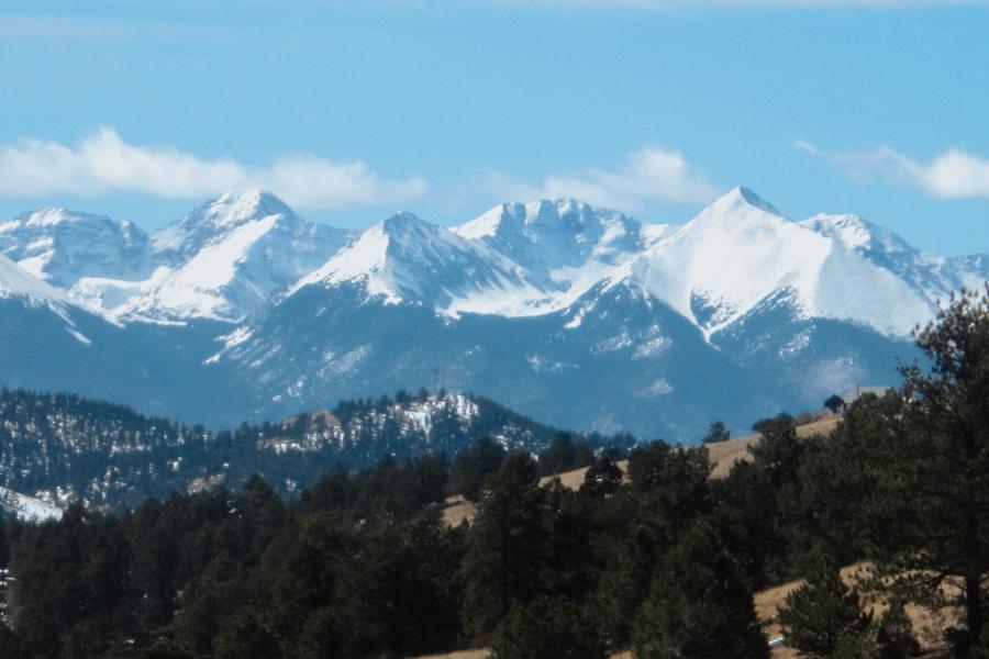 sangre de cristo mountains in colorado
