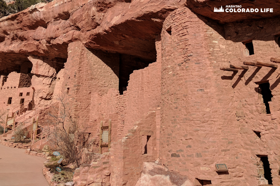 is manitou cliff dwellings real