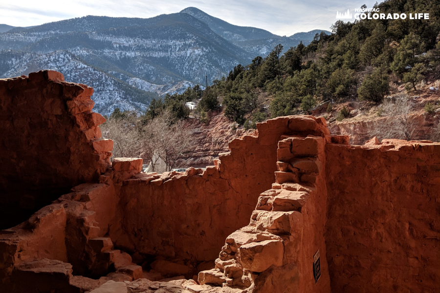 is the manitou cliff dwellings free