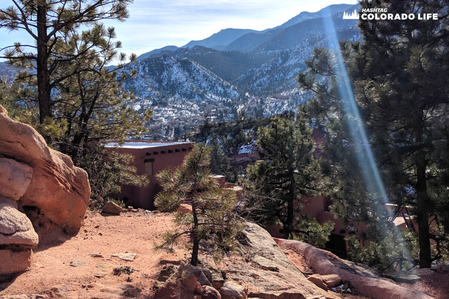 visiting manitou cliff dwellings