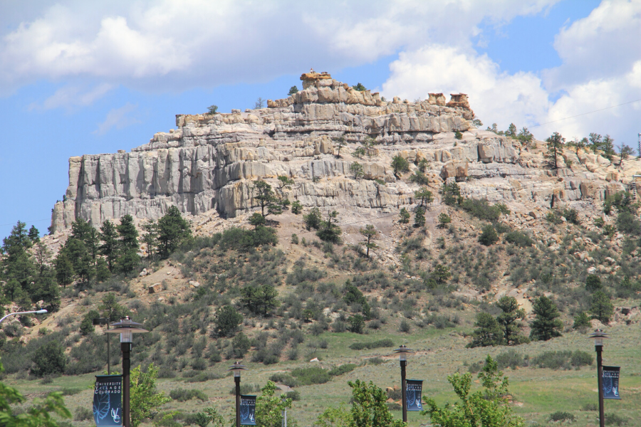 Hiking to the Top of Pulpit Rock Park in Colorado Springs