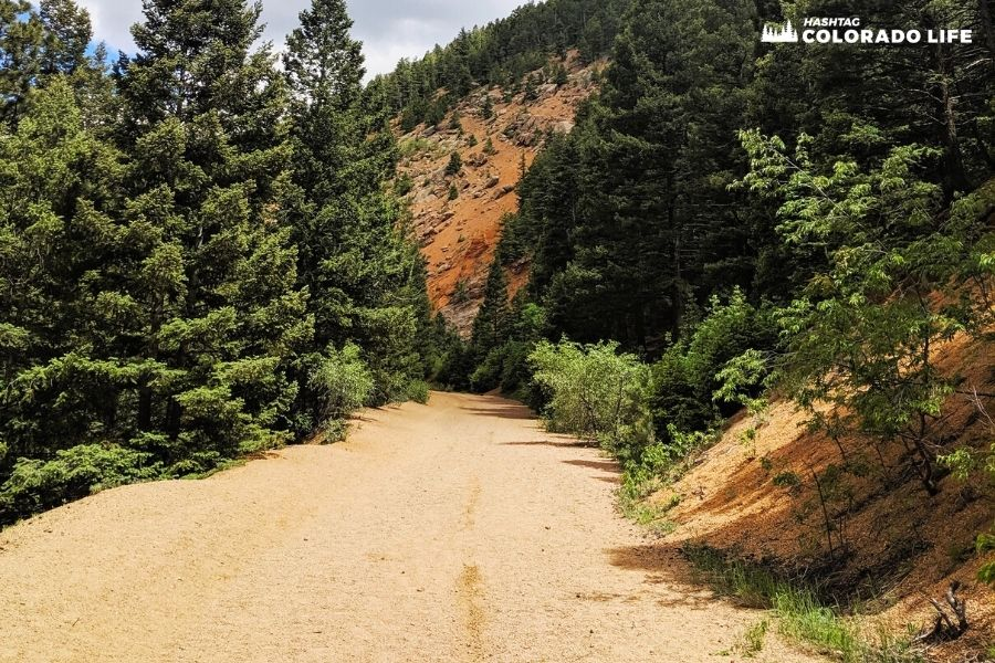 Tips for Hiking Seven Bridges Trail in Colorado Springs