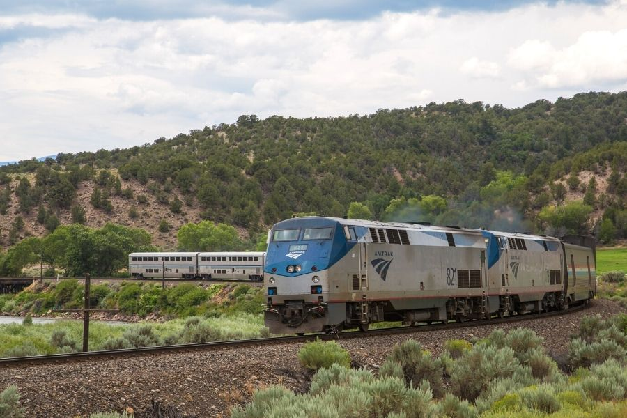 3 Scenic Amtrak Routes in Colorado to See Gorgeous Sights