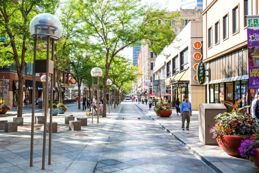 9 Best Denver Tours For Small Groups & Sightseeing